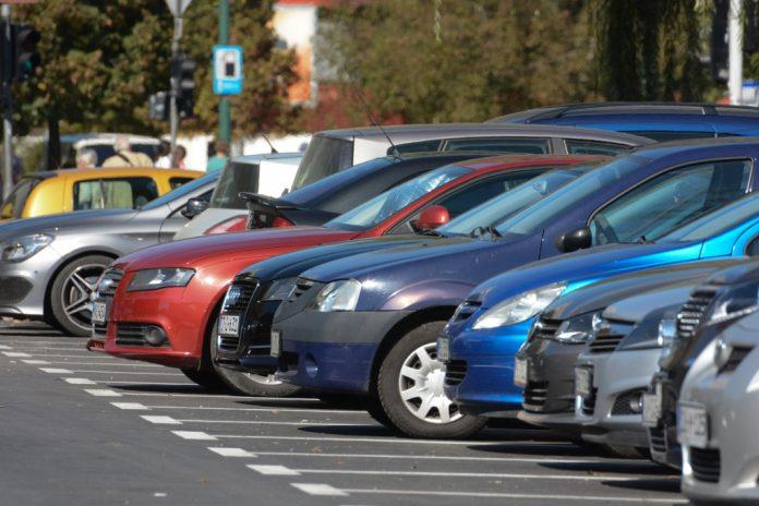 Automobili stariji od 15 godina