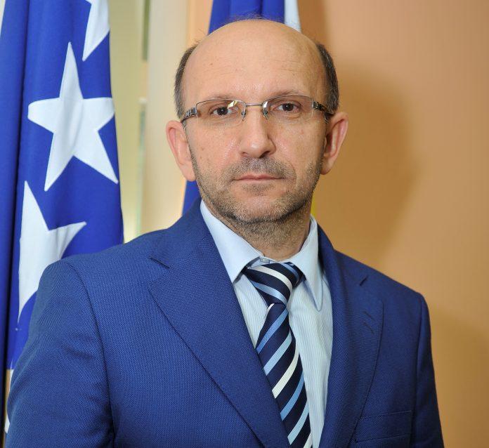 Porezna uprava Šerif Isović